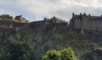 holiday to edinburgh castle