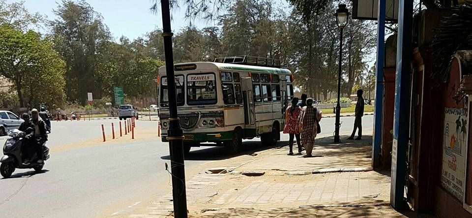 holiday in goa india panjim bus